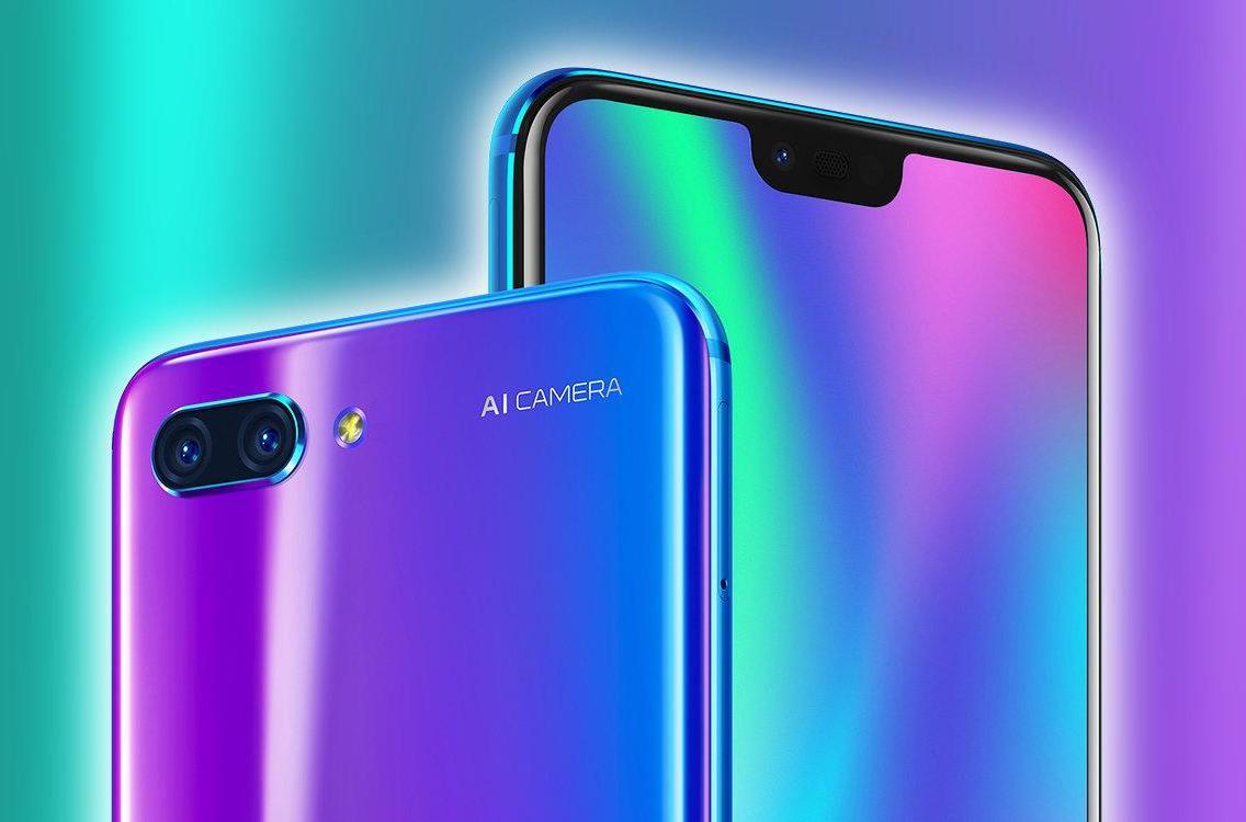 Che tipo di SIM usa lo smartphone Honor 10?