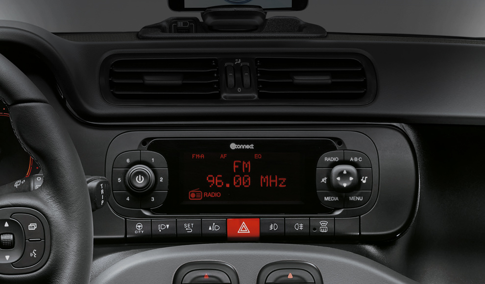 aggiungere ingresso AUX all'autoradio di serie Fiat Panda