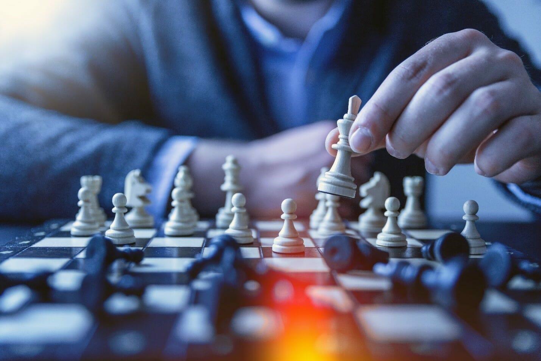 migliori canali YouTube italiani per migliorare a scacchi